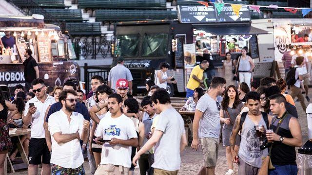 #LaRural se viste de fiesta: llega @FoodFestBA Edición Aniversario   El evento gastronómico más importante de la Ciudad celebra su primer aniversario con una edición especial.  6 7 y 8 de Octubre - Ingreso por Plaza Italia - ENTRADA GRATUITA-.Buenos Aires Septiembre de 2017.- Con la llegada de Octubre Food Fest BA celebra su primer aniversario con una fiesta a lo grande. En esta edición el festival gastronómico que logró consolidarse como uno de los más importantes de la ciudad vuelve al…