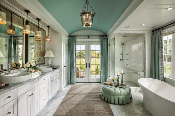 master bathroom in the HGTV Dream Home 2015