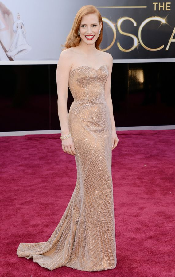 My favorite dresses this year: Jessica Chastain – in a dress for Armani – at the Oscar