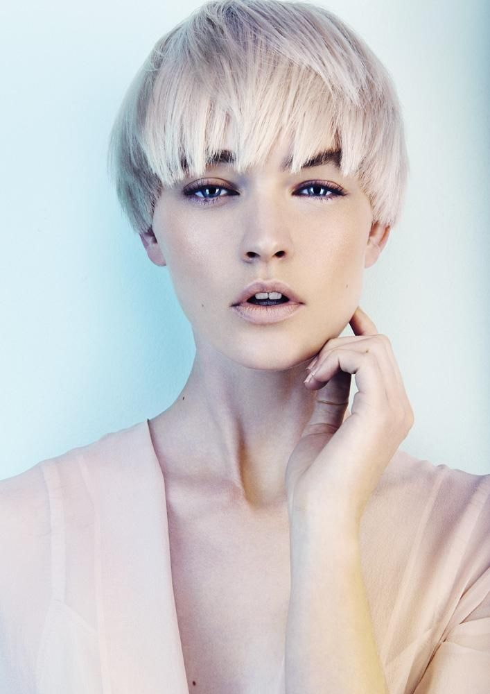 www.estetica.it | Hair: Kevin Kahan Styling: Desiree Make up: Naoko Scintu Photo: Andrew O'Toole