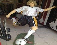 Talent Statue