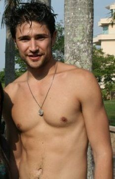 Matt Dallas - he does have a belly button