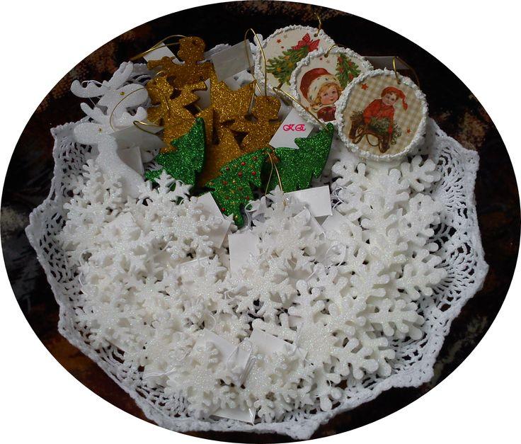#karácsonyfadísz #fehér #csillámos #hópehely #szarvas #angyalka #csillag #dekupázs #festett #dísz #tél #karácsony #alkotásmánia