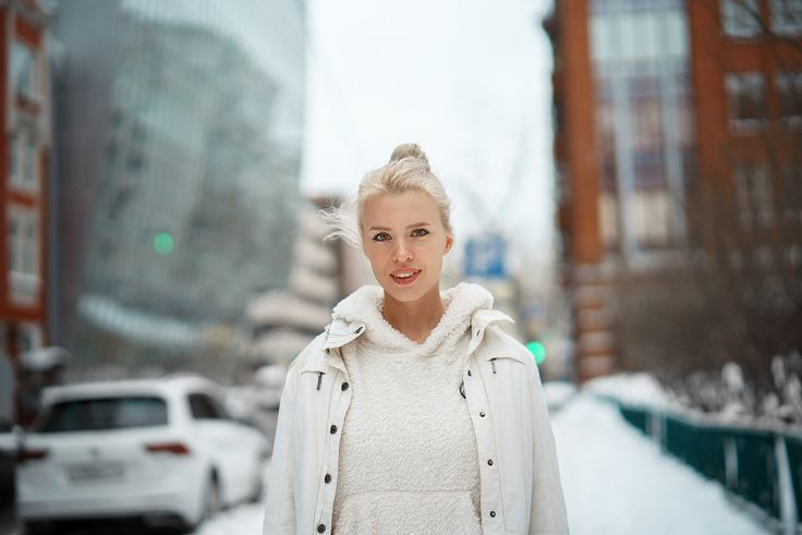 https://flic.kr/p/24dirZy | Kate | Portrait on the one of Moscow streets  Sony A7RII + Samyang AF 50mm f/1.4