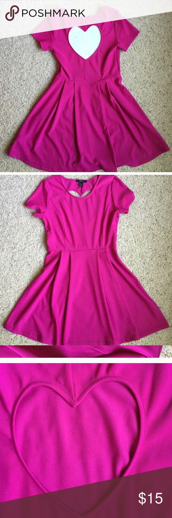 Forever 21 hot pink heart back dress large Nwot skater dress Forever 21 Dresses