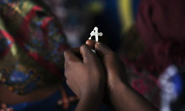 Cameroun : La gouvernance de l'Eglise catholique remise en question - 16/06/2014 - http://www.camerpost.com/cameroun-la-gouvernance-de-leglise-catholique-remise-en-question-16062014/