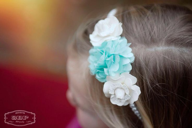Bespoke handcrafted hair accessories from Lilly Dilly's  #handcrafted #bespoke #wedding #special occasion #flowers #hair #accessories #Lilly Dilly's #luxury #mint green #ivory #flower-girl #bridesmaid