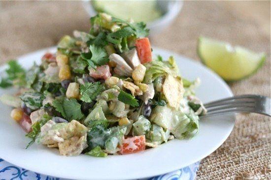 Фото к рецепту: Юго-западный куриный шопский салат
