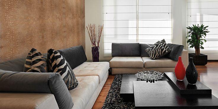 Valpaint luxe wandafwerking is in diverse structuren op de wand aan te brengen. Deze slangenprint geeft een bijzonder sfeer aan uw (huis)kamer.