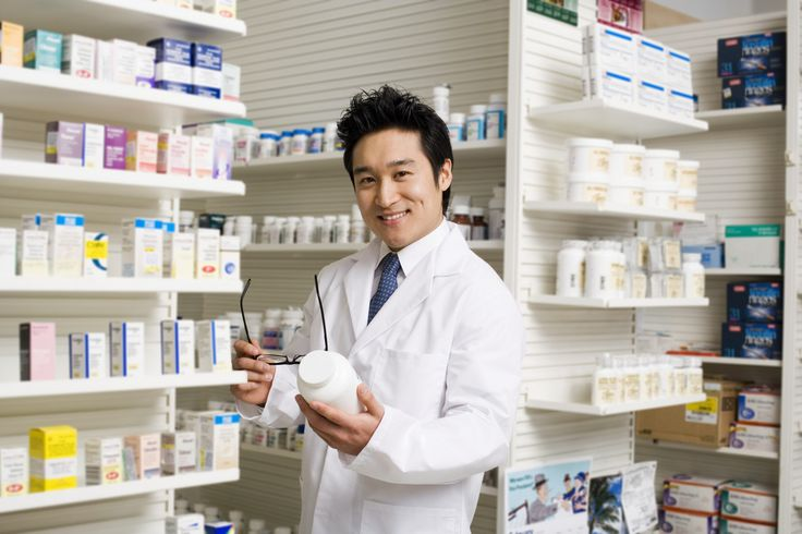 Who Is A Pharmacist? Let's Talk About Career In Pharmacy