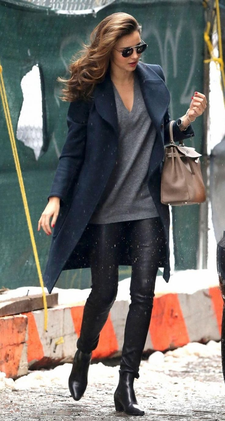Miranda Kerr est fidèle à son alllure casual très chic
