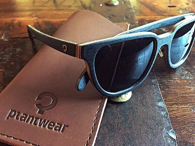 premium wooden eyewear || carbon fiber + wood || adjustable nosepads || handcrafted by Plantwear