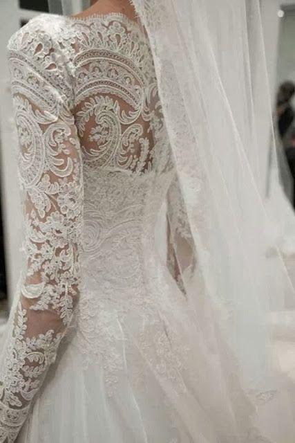 Lace wedding gown!!! Winter Wedding Tips http://www.kayenglishphotography.com/new-jersey-wedding-photographer/