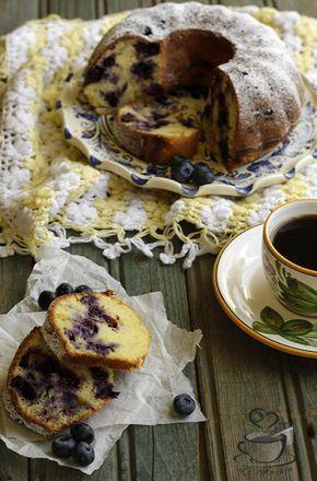 La Ancuţa: Guguluf cu afine si iaurt
