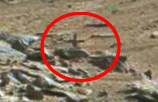 ¿Un crucifijo en Marte? Foto de la NASA lo demostraría según ufólogos | Ovnis