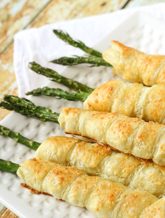 When you're in the mood for a quick dinner or dessert, nothing is better than a flaky, buttery crescent roll. Used in sweet and savory ways, just fill them, roll 'em up and bake!