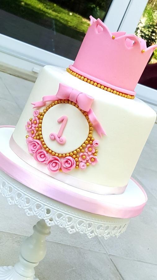 Crown cake  - Cake by acakeaffair