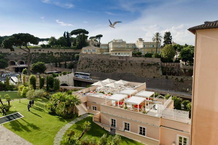 Exhibit design studiomartino.5_Terrazza del Gran Melià di Roma — presso Gran Meliá Roma.