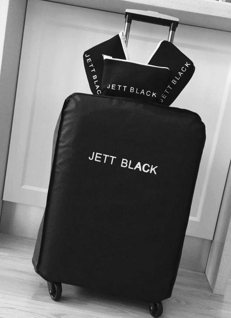 JETT BLACK Packing Details... #BlackandWhite #AirportLife #Jetsetter