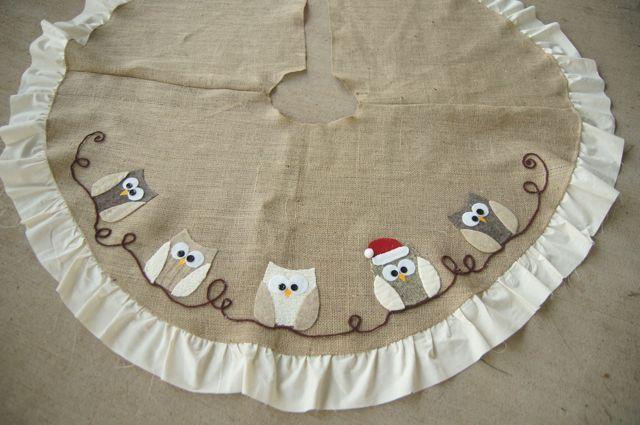 owl applique tree skirt, christmas decorations, crafts, seasonal holiday decor, Santa Owl