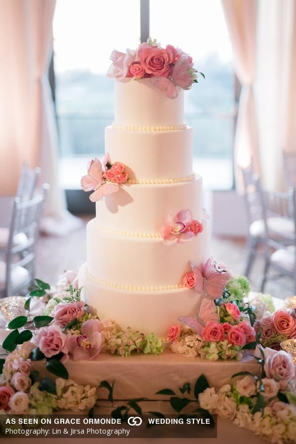 wedding cakes in lagunbeach ca%0A An enchanted gardenthemed at The Resort at Pelican Hill in Newport Beach   California