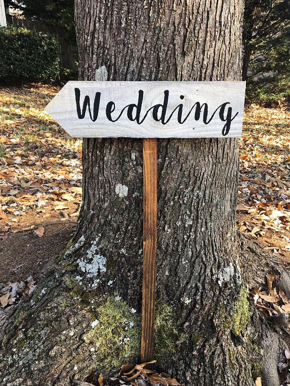 95 best Rustic Wedding Decor images on Pinterest | Party wedding ...