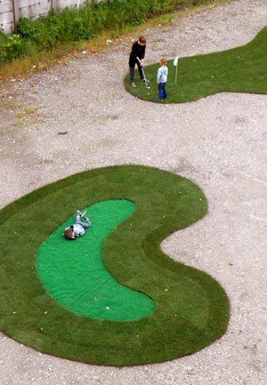 Coming to an Empty Lot Near You: Free Mini Golf