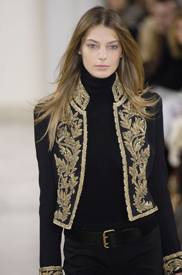 love the jacket, wantt this..!