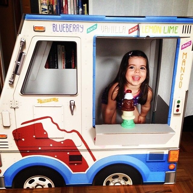 OTO Ice Cream Truck - life size & made of cardboard