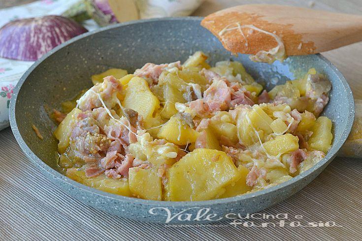 Patate e melanzane in padella con prosciutto e mozzarella
