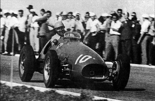 #10 Alberto Ascari (I) Ferrari 500 (Ferrari 4) 1 (1) Scuderia Ferrari