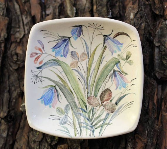 Hey, I found this really awesome Etsy listing at https://www.etsy.com/ru/listing/503311198/decorative-plate-wild-flowers