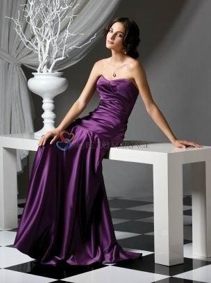 Pourpre sans bretelle décolleté en coeur satin robe demoiselle d'honneur tradionnelle