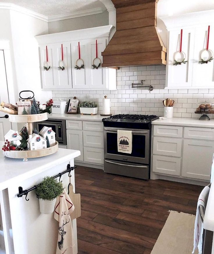 50 Timeless Farmhouse Kitchen Cabinets Design Ideas ...