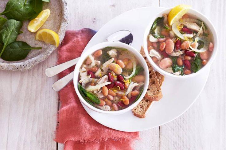 Met een mix van kidney, bruine en witte bonen, boordevol eiwitten, vezels en vitamine B - Recept - Allerhande