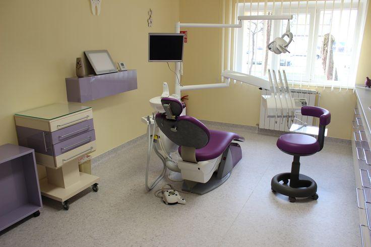 Alege sa ai din nou un zambet frumos si sanatos care sa atraga atentia cu ajutorul echipei de medici dentisti de la cabinet dentar Timisoara Dr. Cristina Mihai!