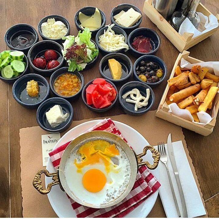 "Instagram'da @sekerrmervee: ""Serpme Kahvaltı Humay Restaurant - İstanbul (Ataşehir) @humayrestaurant"""
