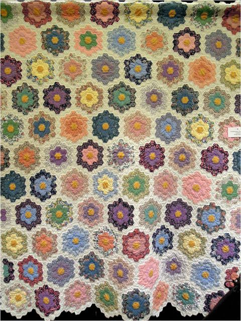34 Best Images About Grandmothers Flower Garden Quilts On Pinterest