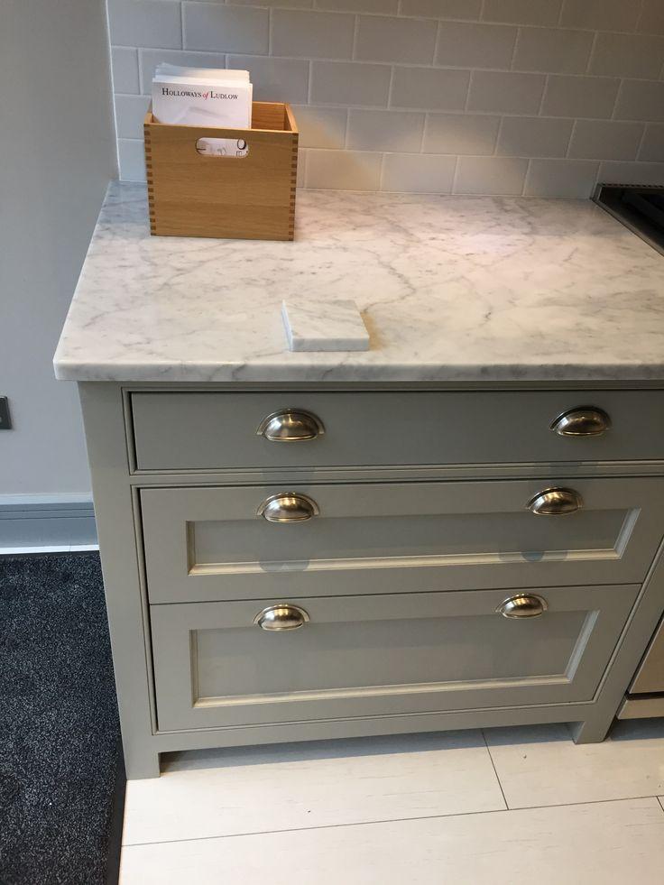 Holloways Of Ludlow Polished Carrara Hardwick White