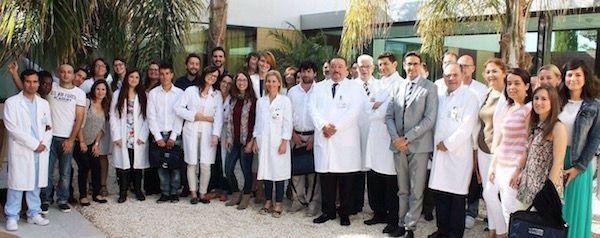 Despedida de los nuevos especialistas de oftalmología formados en el Hospital de Torrevieja (Alicante)