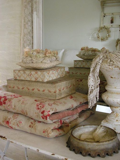 17 best images about french antique fabric tissu ancien for Tissu shabby chic