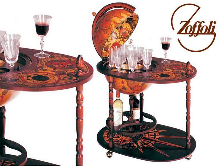 Bar cu glob masa Bar cu glob masa pe role Zoffoli, piesa de mobilier de colectie, facut in Italia. Barul include masa pe rotile iar globul este decorat cu harta geografica din epoca medievala.