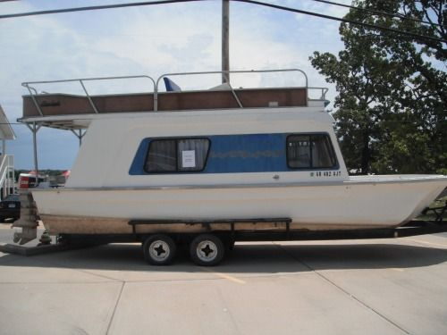 25 Ft Trailerable Houseboats – Billy Knight