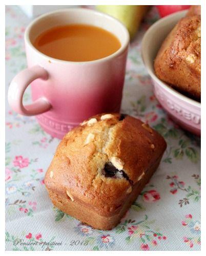 Mini cake di farro con mirtilli e granella di nocciole
