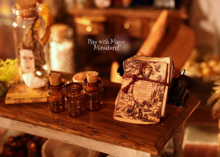 Play with Magic Miniatures - Loose Page Spells, Physica Curiosa - Witchery Halloween Decor