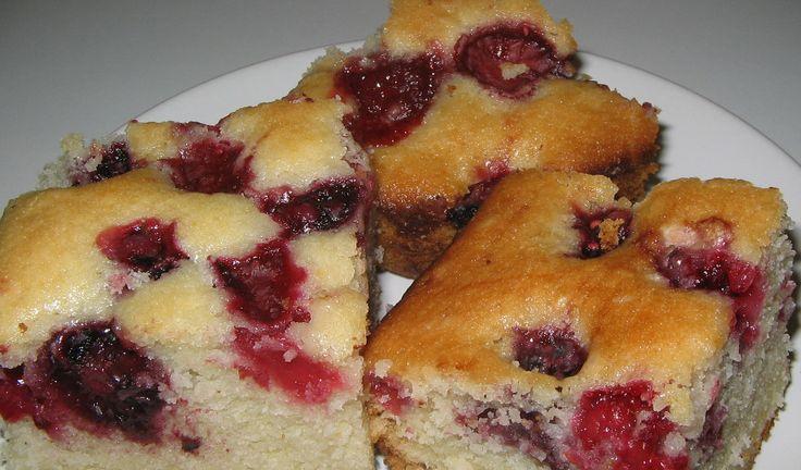 Pandispan cu fructe de post - bunute.ro