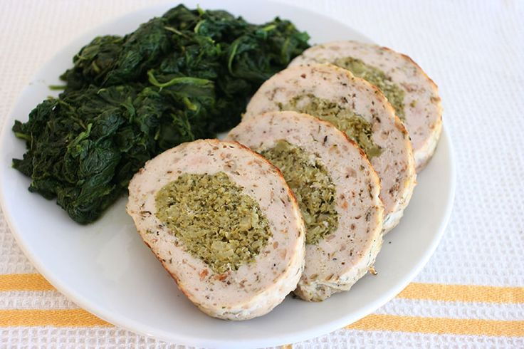 Stuffed Chicken Meatloaf with Broccoli and Parmesan :http://www.skitikkio.ie/2016/02/22/stuffed-chicken-meatloaf-with-broccoli-and-parmesan/
