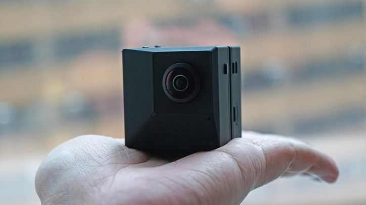Insta360 Evo Is A Foldable 3d Camera Sony Camera Best Film