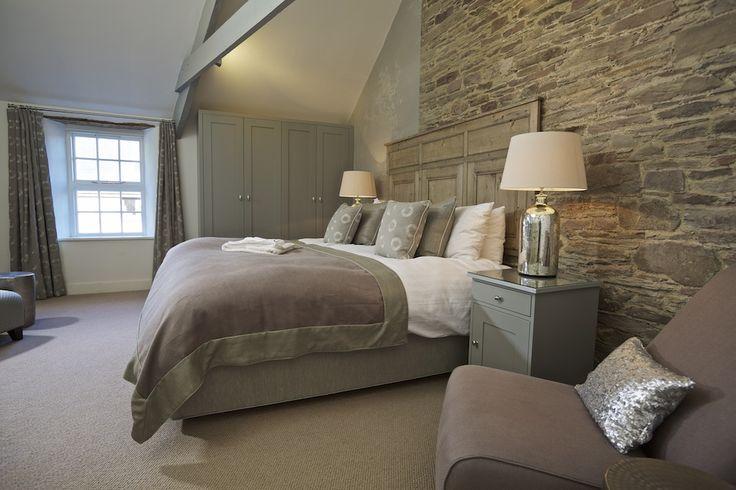 Hillfield Farmhouse - double bedroom