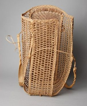 Burden basket 'selabit' made from rattan. Made from three parts.